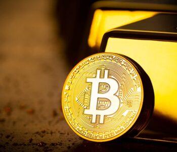 Zlato je jako Volvo a Bitcoin jako Ducati, říká investor