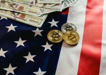 Ministerstvo financí USA chce sdílet více dat z kryptoměnových transakcí